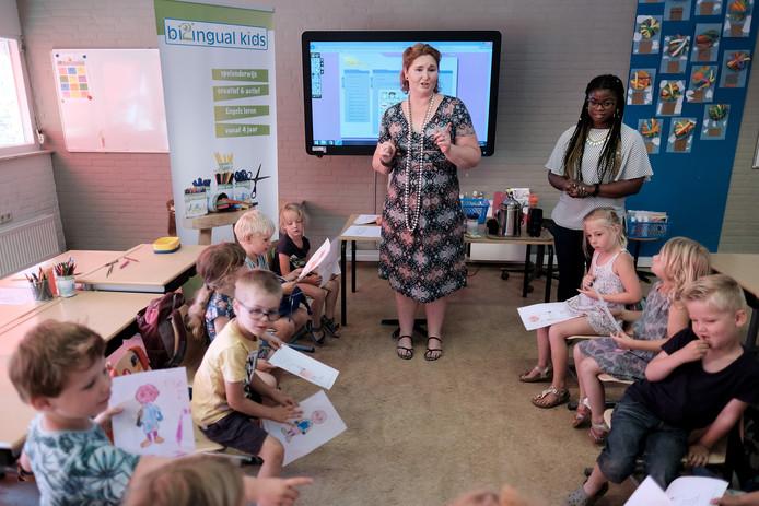 Engelse les op Montessorischool De Pas in Doetinchem.