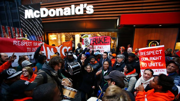 Protest aan een New Yorks McDonald's-filiaal, foto uit december 2013.