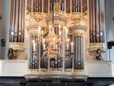 Optredens van jazzartiesten op historische locaties, zoals in de Sint-Joriskerk