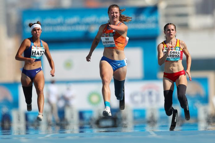 Marlene van Gansewinkel pakt zilver op de WK para-atletiek in Dubai.