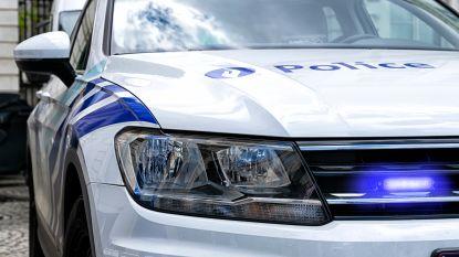 """Twintiger spuwt naar politieagenten: """"Eerst nog weggevlucht van controle"""""""