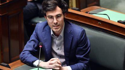 """Stevige kritiek na verwarring over bezoek aan woonzorgcentra: """"Mensen zijn het beu dat ministers elkaar voor de voeten lopen"""""""