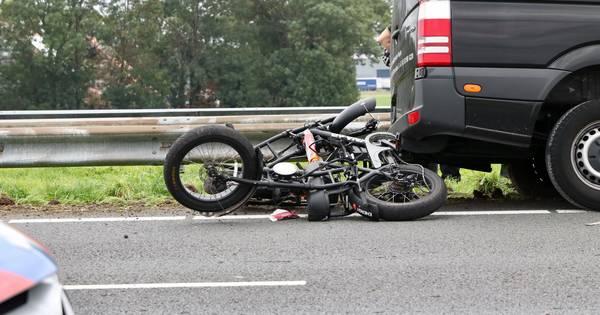 'Ongeluk met motorrijder' blijkt gevallen lading en zorgt voor vertraging op A6.
