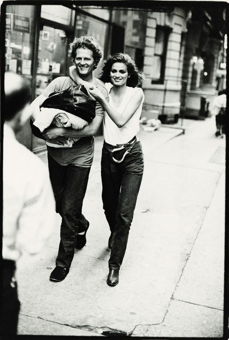 Christiaan met model Gia in 1981 Beeld Arthur Elgort