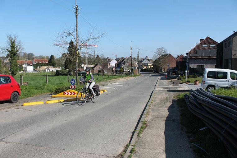 De gemeente Lennik plaatst morgen snelheidsremmende maatregelen in de Frans Van der Steenstraat. (Archiefbeeld)