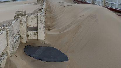 Pier van Blankenberge ligt bedolven onder tonnen zand na doortocht storm Ciara