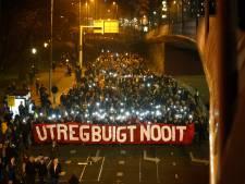 Teruglezen | Duizenden mensen lopen mee in stille tocht Utrecht