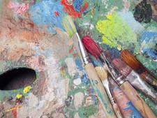 Bezoekers kunnen ook zelf aan de slag tijdens Kunstspoor Noord-Beveland