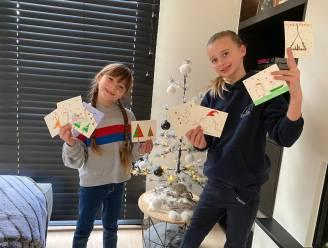 """""""Wie maakt mee kerstkaartjes voor de rusthuizen?"""": nichtjes Margaux (7) en Anouk (9) slaan volop aan het tekenen"""
