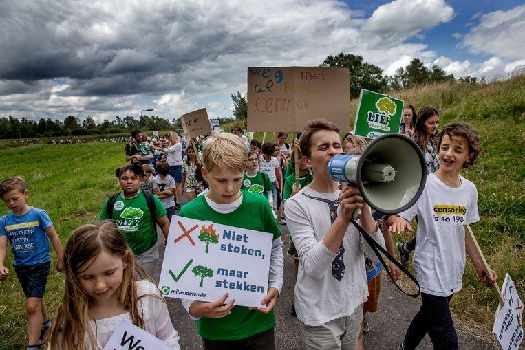 In juli 2019 demonstreerden kinderen tegen de komst van de biomassacentrale en luchtvervuiling. Beeld JEAN-PIERRE JANS
