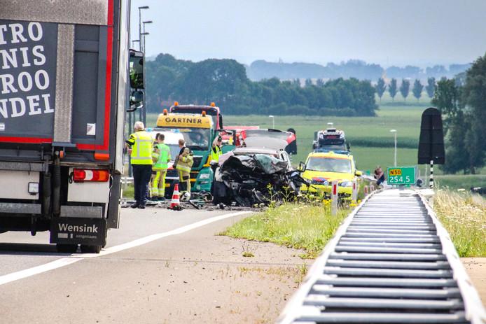 Kampen - Op de middag van maandag 10 juli gebeurde er een zeer ernstig ongeluk op de N50 ter hoogte van de Eilandbrug over de IJssel.