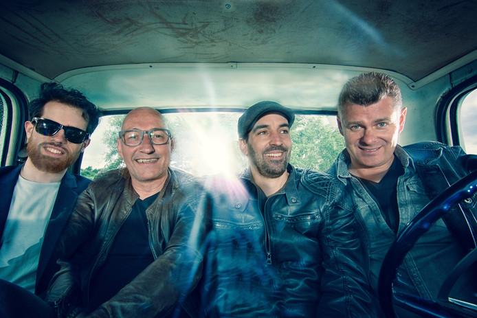 What The Frnk (vlnr): Guus van Lankveld, Twan van Hoof, Mano van den Beuken en Frank Schurgers.