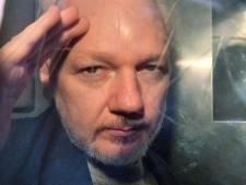 VS beschuldigen Assange van banden met hackerscollectieven Anonymous en LulzSec
