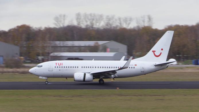 Vrijdag landde de eerste van de twee grote Boeings op Twente Airport.