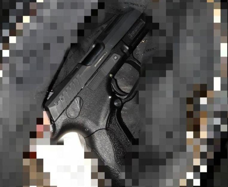 Het gevonden vuurwapen Beeld Politie Amsterdam