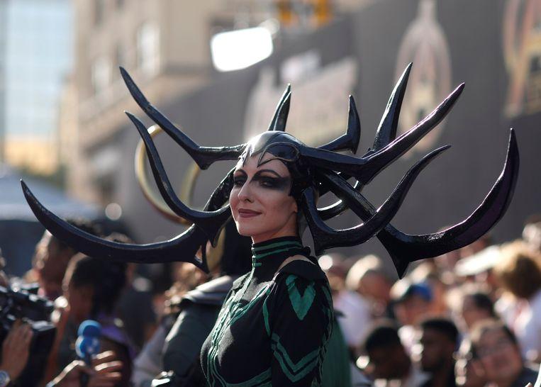 Los Angeles - 23-04-2018. Een fan in kostuum tijdens de première van Avengers: Infinity War. Beeld Reuters
