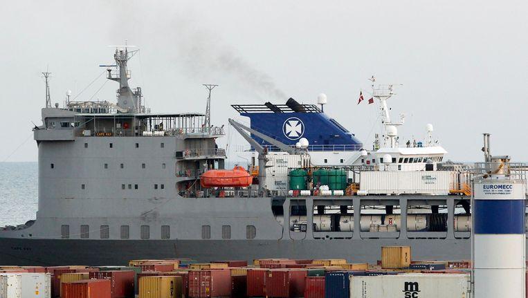 Chemische wapens uit Syrië aan boord van het Deense vrachtschip Ark Futura op weg om vernietigd te worden. Beeld REUTERS