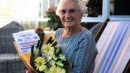 Straf! Jacqueline (90) trekt al 43 jaar baantjes in Oostends zwembad, élke dag