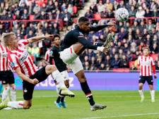 AZ en PSV scharen zich achter Ajax en willen stoppen met het seizoen
