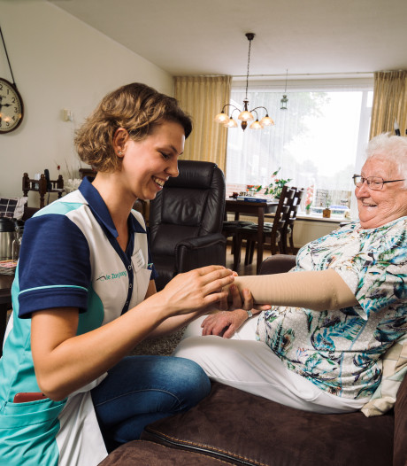 Rijnstate en huisartsen moeten stad en land afbellen om zorg voor ouderen  te regelen