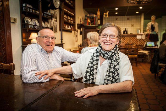 Marie-Christine Rogiest organiseerde onder meer Café Chantant met Willy Bart in Gwenola in de Donkersteeg.