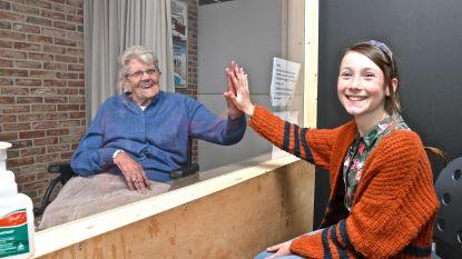 Tijdens lockdown zijn ook mooie vriendschappen ontstaan: Jinte (11) gaat wekelijks op bezoek bij Godelieve (96) in rusthuis
