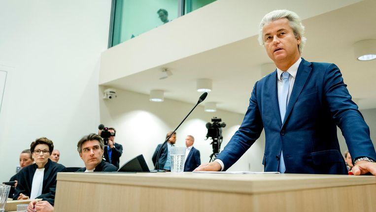 PVV-leider Geert Wilders maakt gebruik van zijn recht op het laatste woord in de zaak rond de minder Marokkanen-uitspraken. Beeld anp