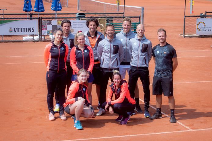 De tennissers van Rapiditas.