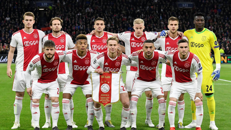 Luke Edwards: 'In Engeland genieten we van het plezier dat Ajax uitstraalt' Beeld REUTERS