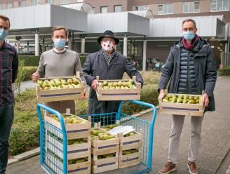 """""""Helden van de zorg hebben al 'hun pere' gezien"""": CD&V overhandigt 120 kilo peren aan personeel AZ Nikolaas"""