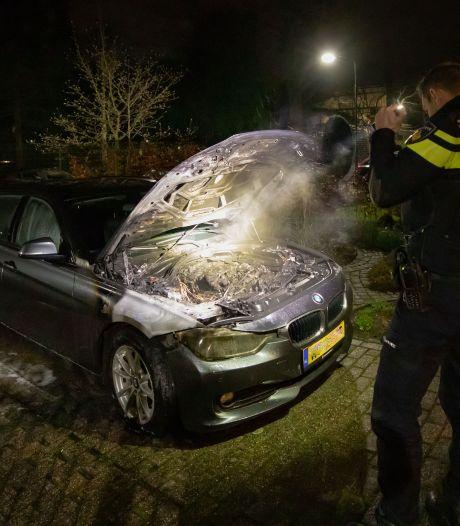 Wéér autobrand in Baarn: nu bij buurman van de eigenaar van transport- en containerbedrijf