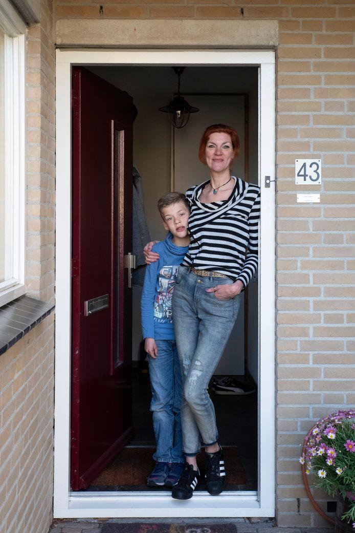 Angela Kroot en Siem van Campen. #Wijzijnthuis