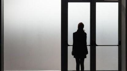 Nergens bed voor psychotisch meisje (12): ziekenhuis stuurt Lily en haar moeder na vier uur in wachtzaal weer naar huis