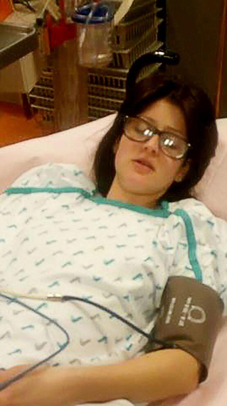 De jonge vrouw bleek ernstige inwendige bloedingen te hebben.
