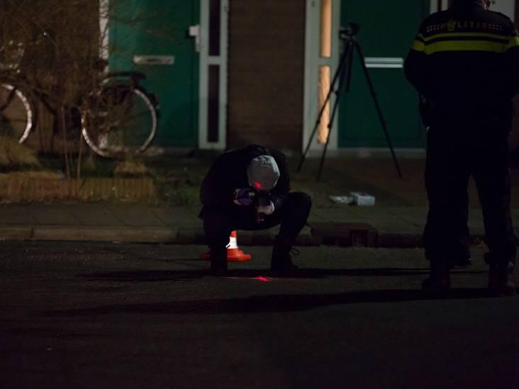 Huis beschoten in Roosendaal, auto afgevoerd