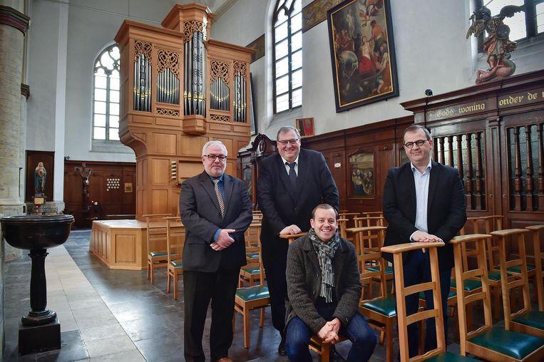 Eric Hallein, schepen Dirk Lievens, Stijn De Zaeytijd en directeur Stap Dirk Lievens.
