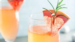 Met deze 5 mimosarecepten maak je indruk op de paasbrunch