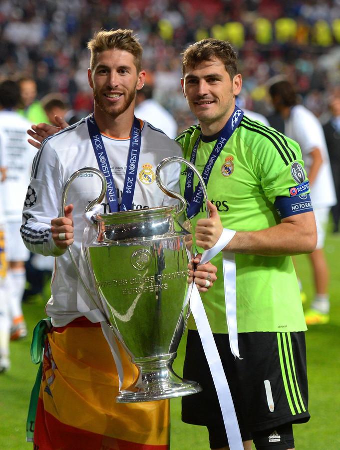 Sergio Ramos en Iker Casillas met de Champions League in 2014.