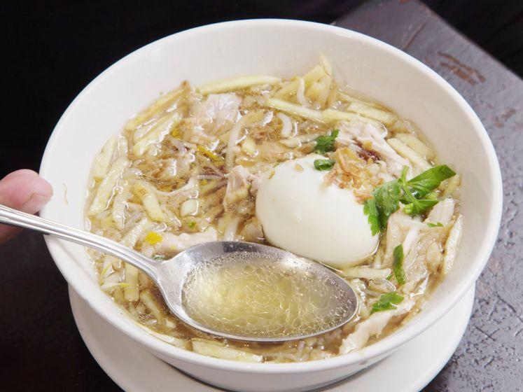 Zo maak je heerlijke saoto soep uit de Javaanse keuken
