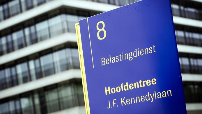 Het hoofdkantoor van de Belastingdienst in Apeldoorn.