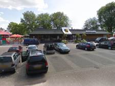 Bezoekers McDonald's in Zwolle-Noord houden de buurt wakker