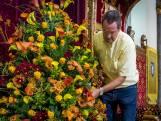 Al zes jaar verzorgt Ton uit Wassenaar de Prinsjesdag-bloemen