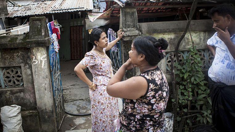 De wijk Dawbon in Rangoon, waar veel moslims wonen, onder wie ook Rohingya's. Maar die houden zich zo stil mogelijk. Beeld Julius Schrank