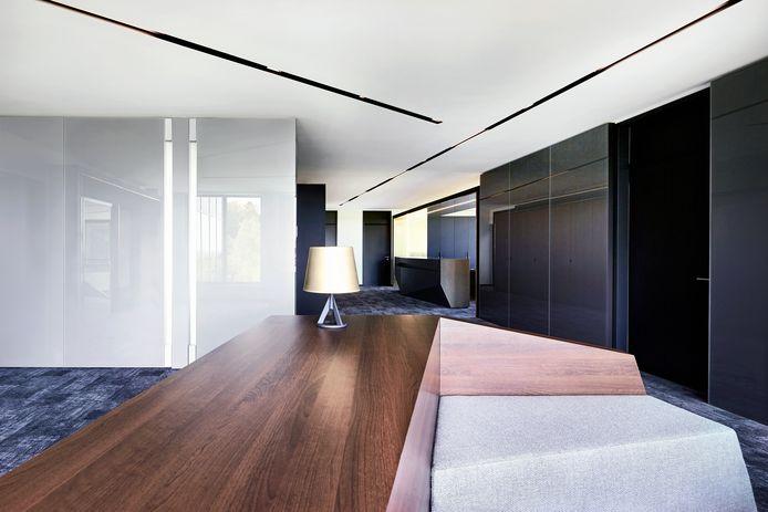 Lampen die aanspringen als het donker wordt of als je een ruimte binnenkomt? Tegenwoordig kan je verlichting helemaal afstemmen op jouw woonsituatie.