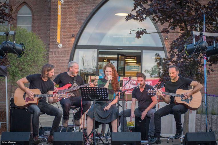 Lokale artiesten zijn een trekpleister op de Njödderkermis.