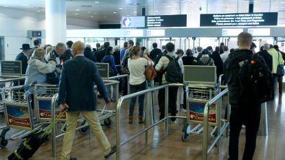 Stiptheidsacties op Brussels Airport hervat: douaniers controleren nu ook bij vertrek