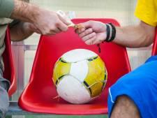 Brabantse voetbalclubs kwetsbaar voor criminele geldschieter: 'Moeten we die googlen of zo?'