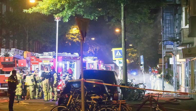 De brandweerman is naar het ziekenhuis gebracht. Beeld Reinder van Zaanen