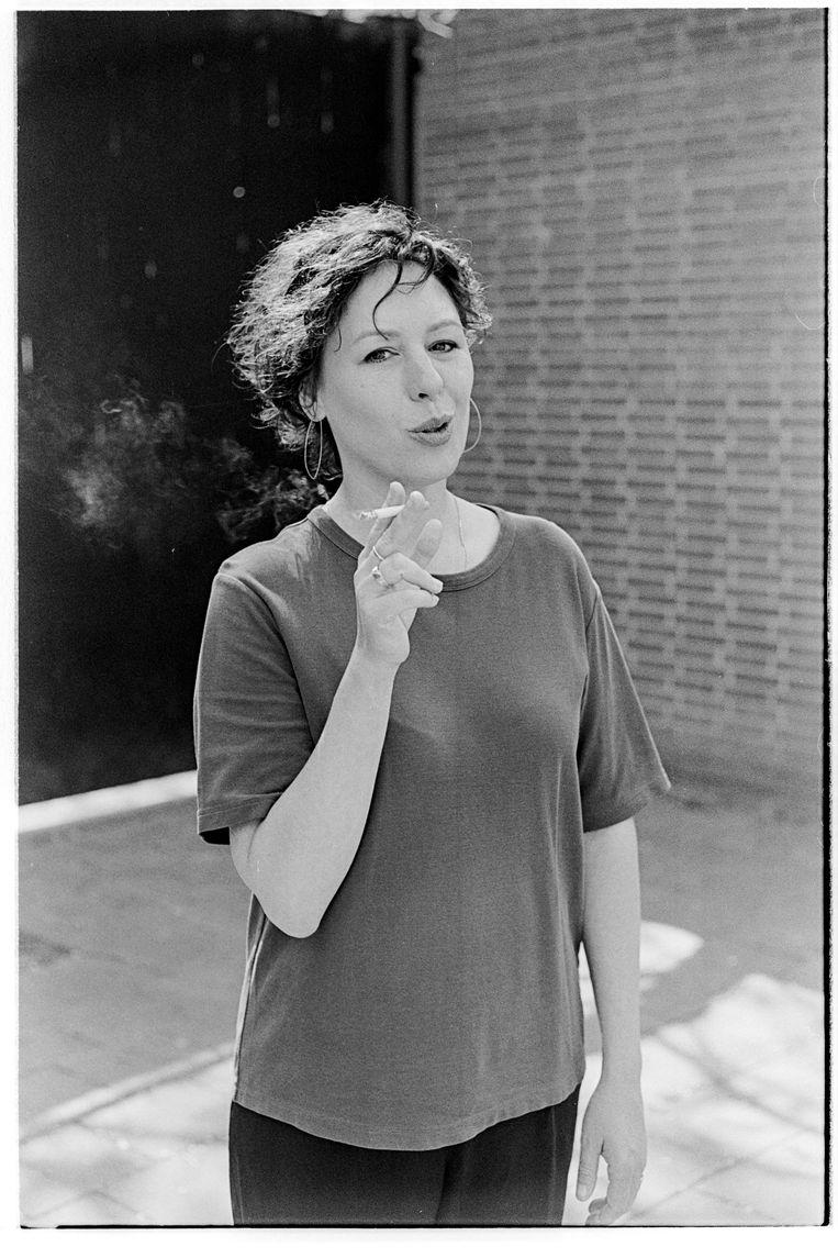 """Marian pleit voor burgerlijke ongehoorzaamheid. """"Waarom moet iedereen stoppen met roken? Omdat je geen rookpauze meer zou nemen"""""""