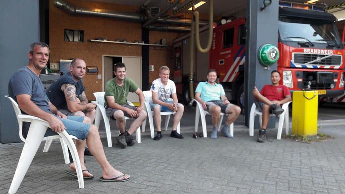 De Brandweer Ulvenhout zit op wacht.